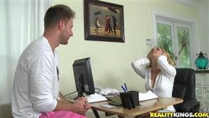 http://buy8conline.com/amateur/hairy-blonde-amateur-blowjob.html