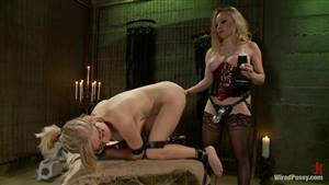 big booty white girls moaning