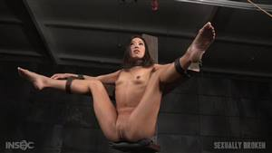 deepthroat cum throat asian