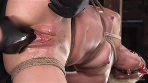 perfect body asian orgasm